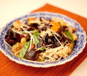 knorr-noodle-steamed-egg-noodles lo han vegetarian-noodle-590x520