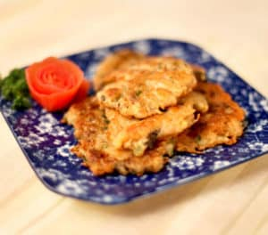 knorr-pan-fried-white-radish cake with-dried-oysters-590x520