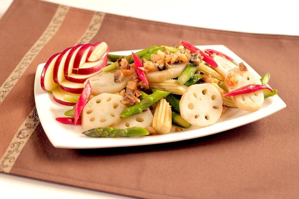 Sauté sec de fruits de mer avec légumes
