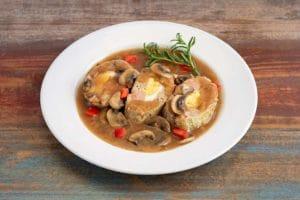 蘑菇和洋葱汁肉饼