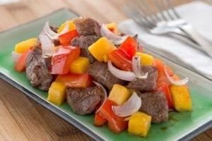 果香浓郁、美味多汁的芒果牛肉食谱