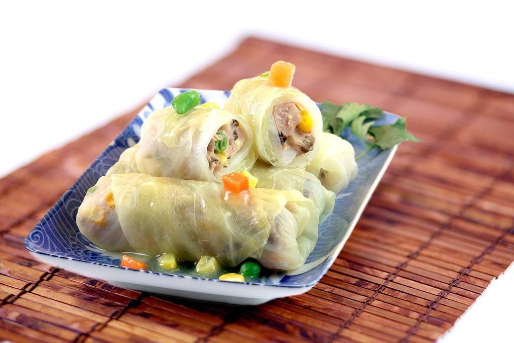 传统的蒸卷心菜卷菜式