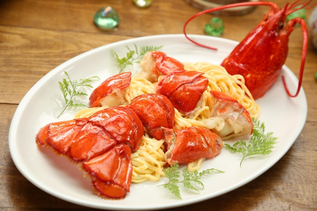 Lobster with Noodles