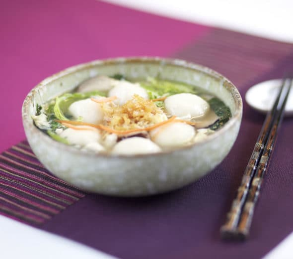SIMPLE AND SATISFYING GLUTINOUS RICE BALL SOUP
